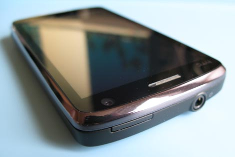 HTC-Touch-HD-top